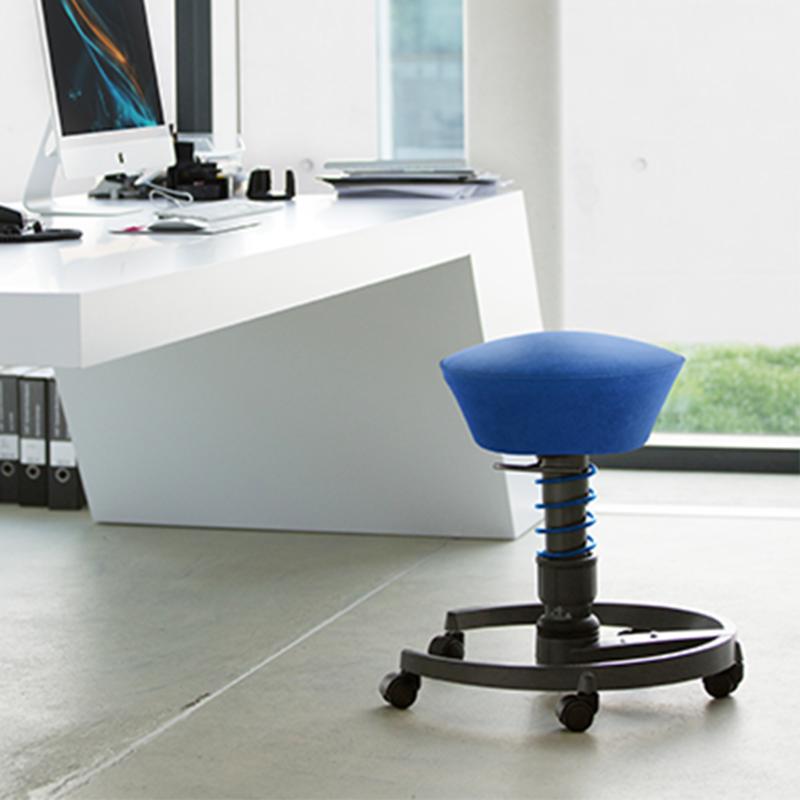 niebieski swopper - aktywne krzesło