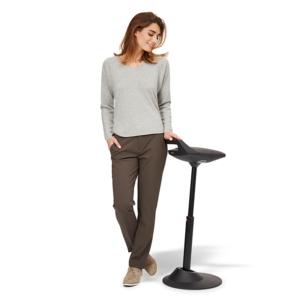 Nowoczesny hoker krzesło: muvman - aktywna stojąca i siedząca praca za biurkiem
