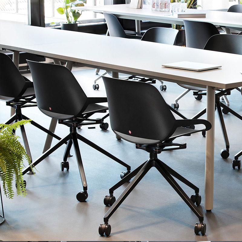 krzesło numo sala konferencyjna