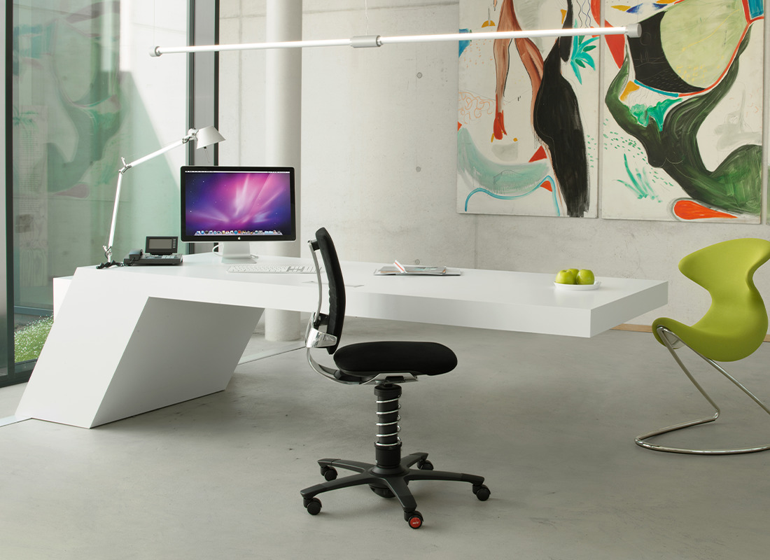design fotel aktywny czarny i oyo